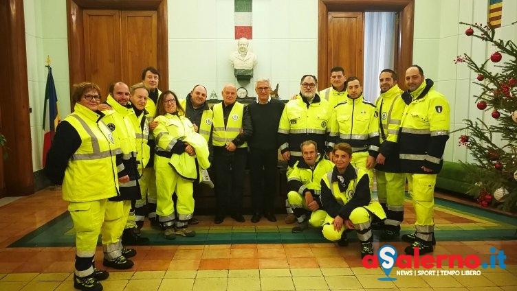 Brindisi di auguri al Comune con la Protezione Civile e gli Ispettori Ambientali - aSalerno.it