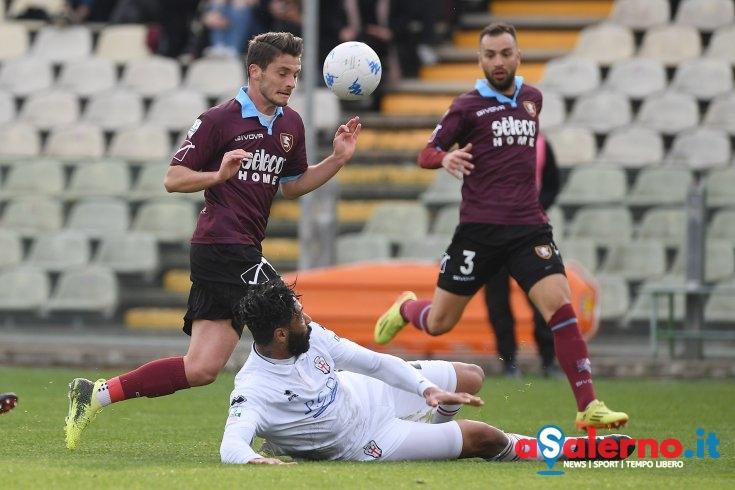 Un palo di troppo, Salernitana a secco con la Pro Vercelli (0-0) - aSalerno.it