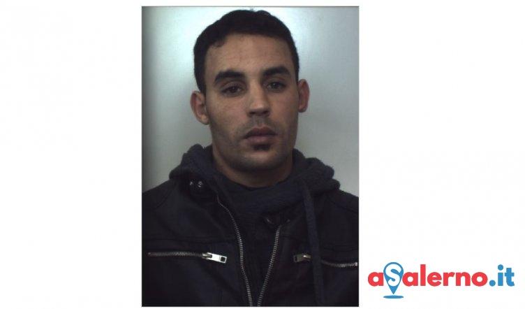 Rapinò una coppia minacciando di tagliare le dita al ragazzo, arrestato 26enne marocchino - aSalerno.it