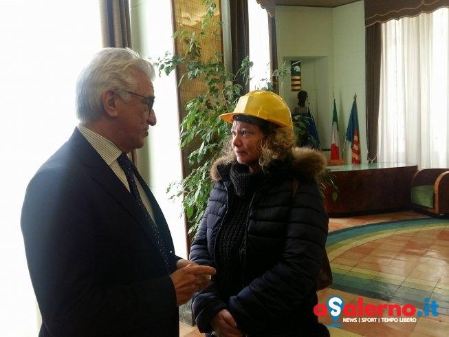 """Incontro al Comune con gli operai delle Fonderie, il sindaco: """"Presto incontro in Regione"""" - aSalerno.it"""