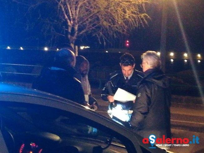 Controlli sul lungomare, anche il sindaco Napoli con le pattuglie della Municipale - aSalerno.it
