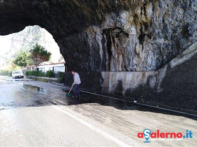 Mare mosso: problemi a Camerota sulla regionale – FOTO - aSalerno.it