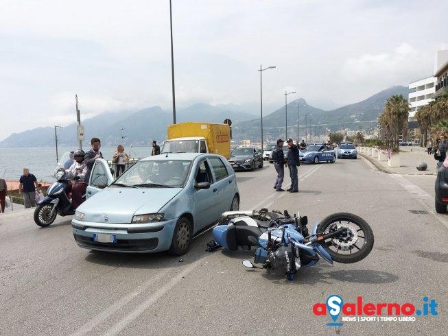 Incidente su Lungomare Tafuri: agente della Polizia portato al Ruggi - aSalerno.it