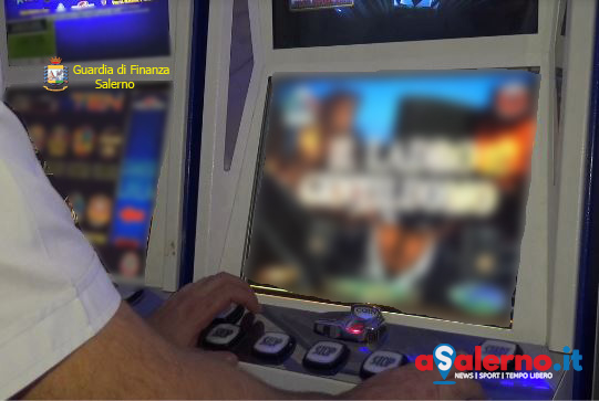 Sequestrate 7 slot machine ad Eboli - aSalerno.it