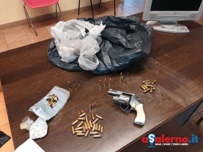 Nasconde Revolver e crack in macchina al posto di blocco, arrestato noto pregiudicato - aSalerno.it