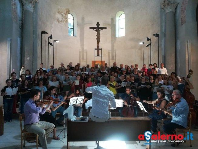 """Per la prima volta a Salerno il coro dei cori esegue """"Sunrise Mass"""" - aSalerno.it"""
