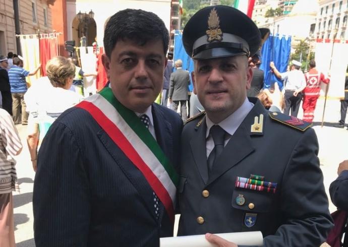 Onorificenza di Cavaliere all'appuntato della Guardia di Finanza Gabriale Cascone - aSalerno.it