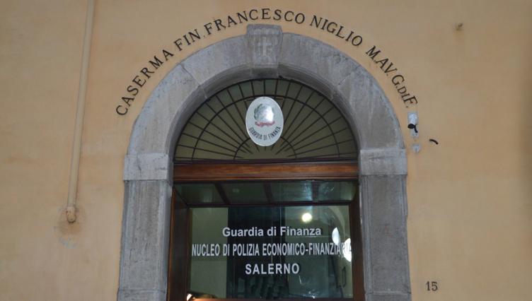"""Associazione a delinquere: arrestati 2 imprenditori e nei guai """"amico"""" finanziere - aSalerno.it"""