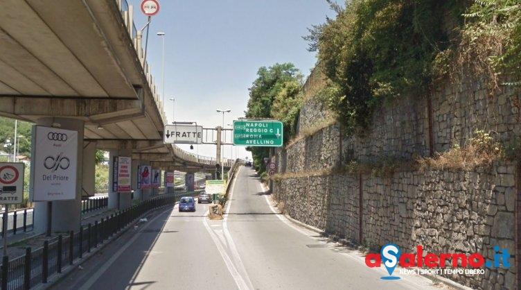 """""""Lavori in Tangenziale, salernitani intrappolati in auto da mesi"""" - aSalerno.it"""