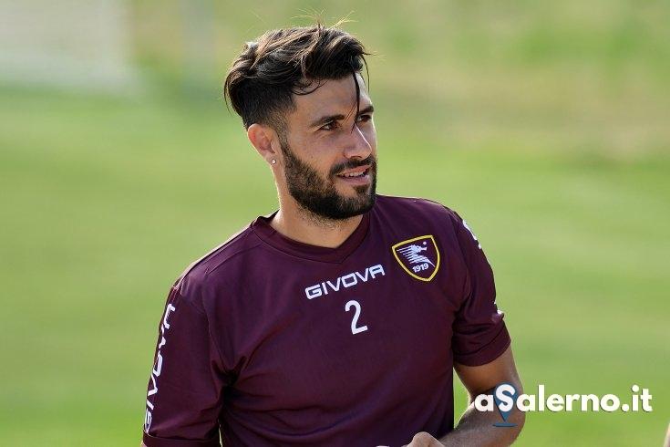 """""""Orgoglioso di poter continuare con questa maglia"""" Pucino rinnova fino al 2021 - aSalerno.it"""