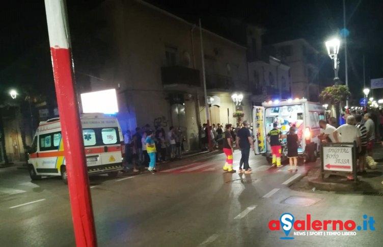Ambulanza colpisce auto davanti al Comune di Baronissi, 2 feriti - aSalerno.it