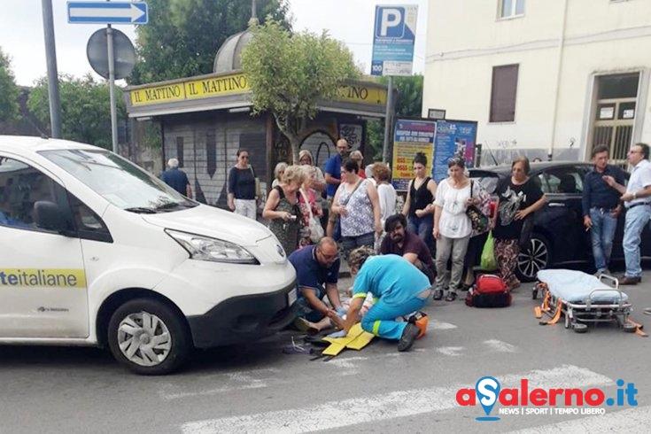 Investita in via Paolo De Granita, donna soccorsa dalla Misericordia - aSalerno.it