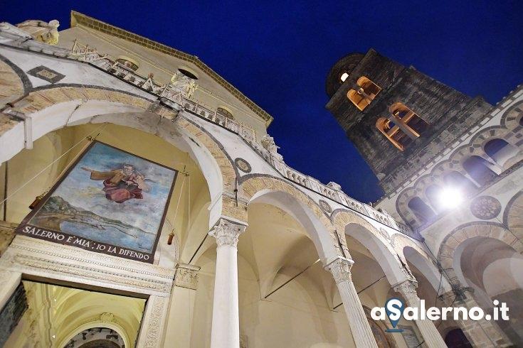 Un totem termoscanner donato al Duomo di Salerno - aSalerno.it