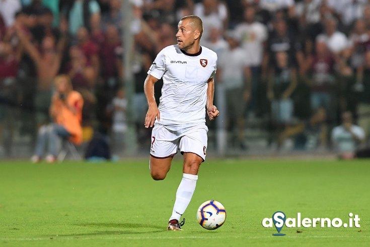 Di Roberto ai saluti, il napoletano firma per la Juve Stabia - aSalerno.it