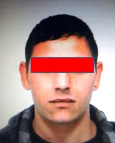 Rapina aggravata, scippa collanina e scappa: arrestato 27enne rumeno - aSalerno.it
