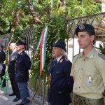 Salerno - Commemorazione Agenti Polizia De Marco - Bandiera vittime attentato terroristico 2-min
