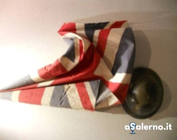 La storia dell'elmetto inglese a Salerno - aSalerno.it