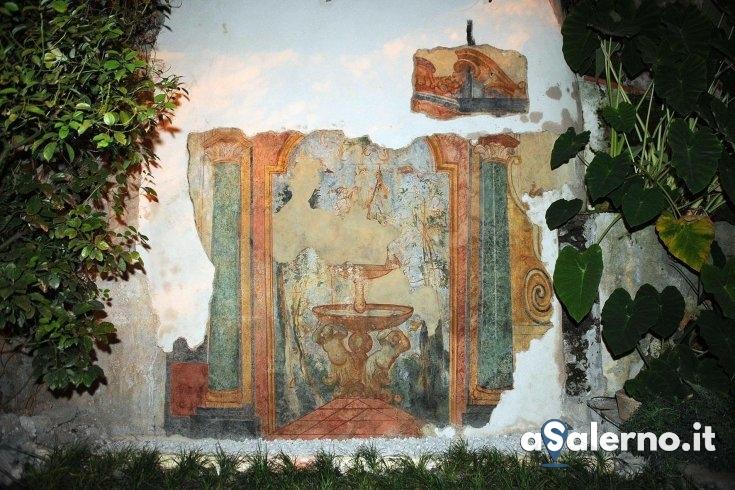 Nuova vita per l'affresco al Giardino della Minerva - aSalerno.it