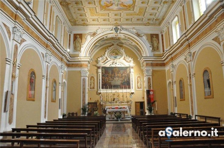 Disabile urla in Chiesa durante la messa, parroco chiede di farla uscire - aSalerno.it