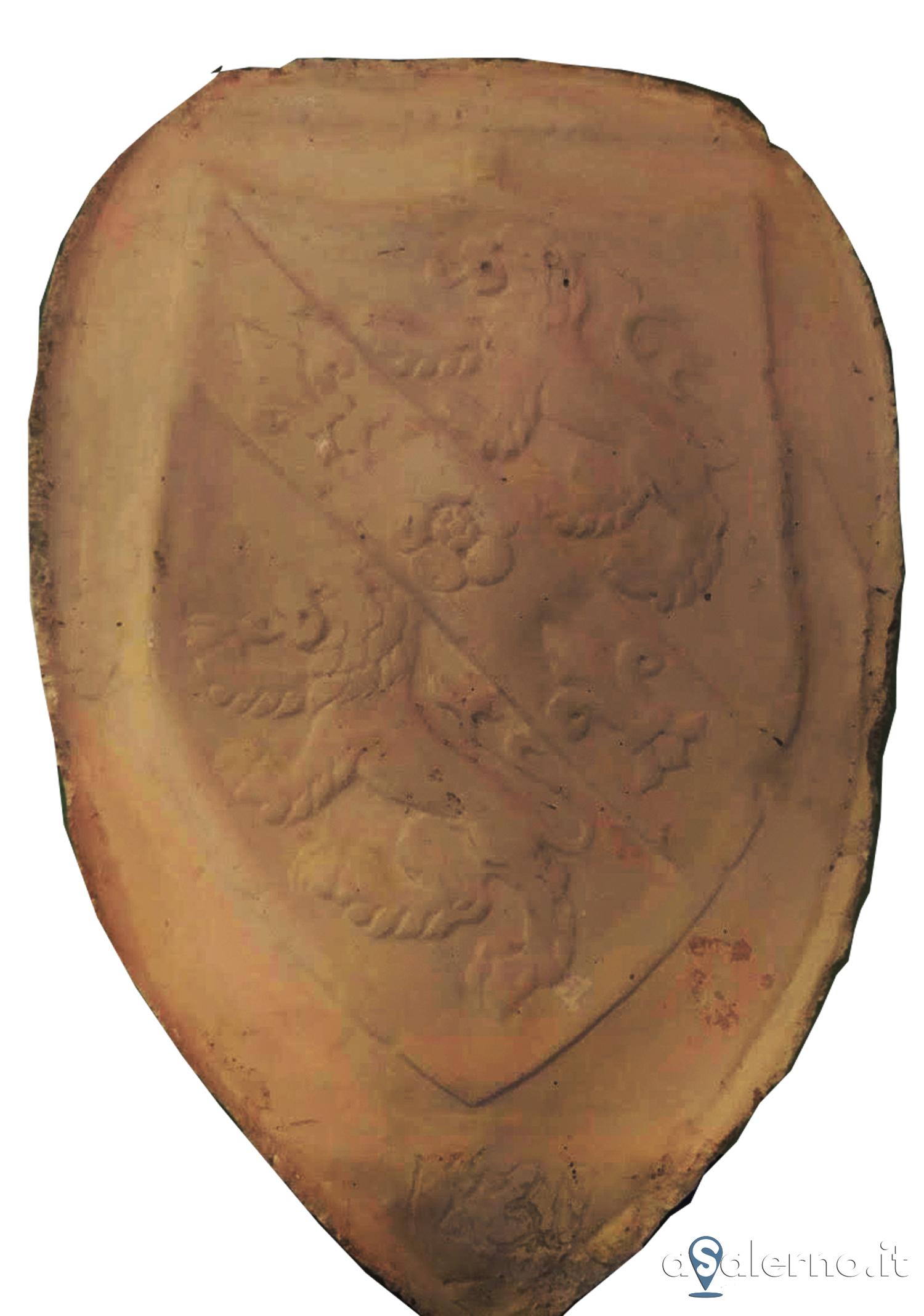 Fotografo Cava Dei Tirreni cava de' tirreni: al palazzo di città uno stemma, in gesso