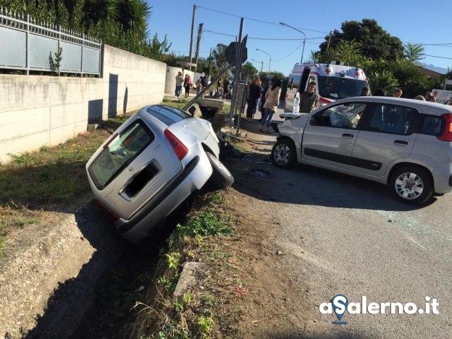 Altavilla Silentina: scontro tra due auto, perde la vita 90enne - aSalerno.it