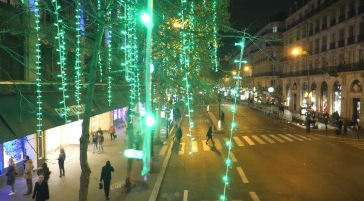 Con un'app decidi tu i colori delle luci: ipotesi anche a Salerno? - aSalerno.it
