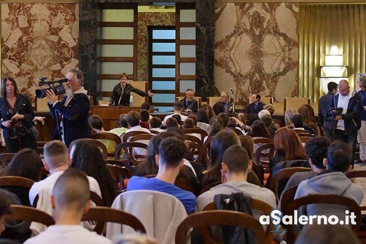 """Autismo nelle scuole, Naddeo: """"C'è bisogno della collaborazione di tutti"""" - aSalerno.it"""