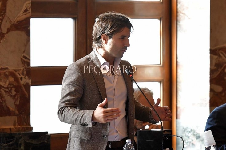 Il consigliere Dante Santoro devolve l'indennità di marzo per il reparto COVID del Da Procida - aSalerno.it
