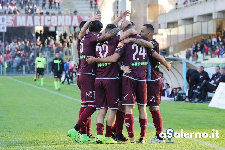 Salernitana, il rapace Bocalon ed il palo stendono lo Spezia (1-0) - aSalerno.it