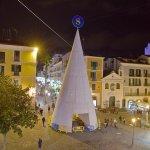 SAL - 27 11 2018 Salerno Piazza Portanova. Costruzione Albero. Foto Tanopress