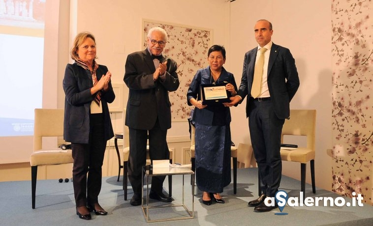 Ministro Cambogia Premio
