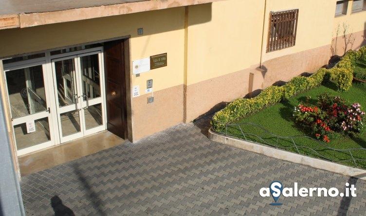Parcheggiatore abusivo vicino la Clinica Tortorella: divieto di ritorno a Salerno per 1 anno - aSalerno.it