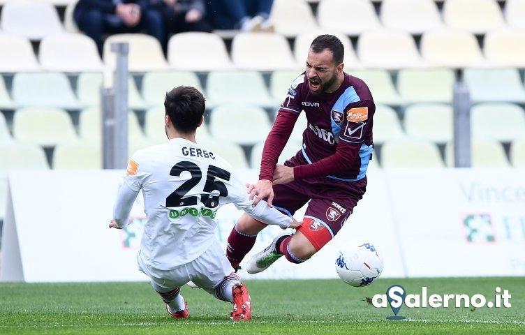 Salernitana, apatico 0 a 0 con il Foggia (pt) - aSalerno.it