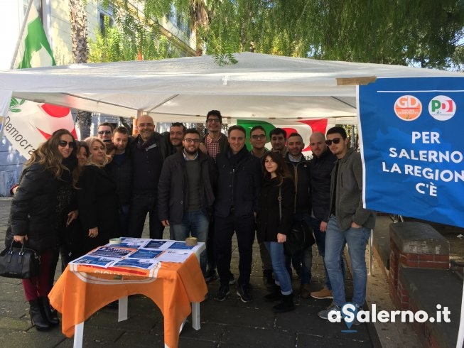"Il Pd in piazza: ""Per Salerno la Regione c'è"" - aSalerno.it"