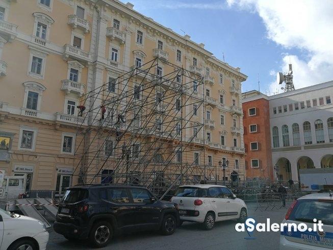 Capodanno in piazza: Al via ai lavori di montaggio del palco - aSalerno.it