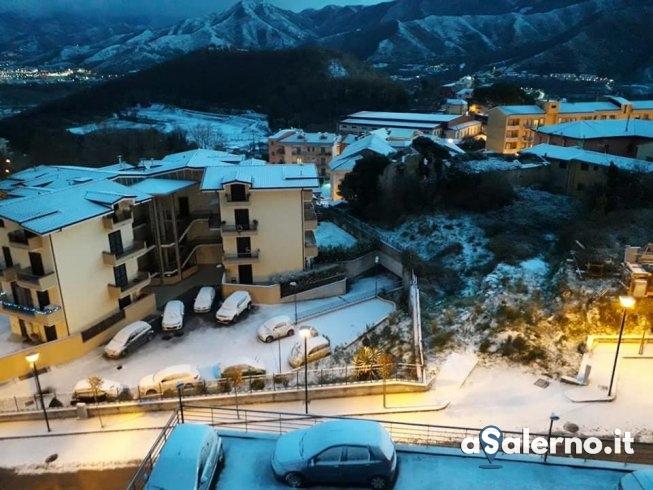Ancora neve e gelo: emergenza continua - aSalerno.it