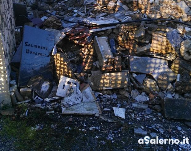 Scoperta una discarica abusiva di rifiuti cimiteriali - aSalerno.it