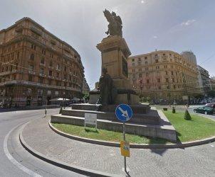 piazza borsa napoli