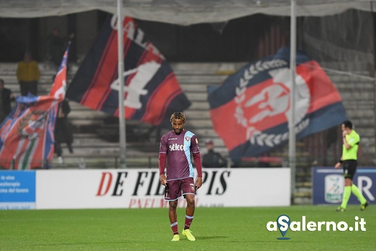 Incubo all'Arechi, la Salernitana affonda sotto i colpi di Simy - aSalerno.it