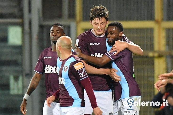 Salernitana, a picco va lo Spezia: stacco vincente di Djuric (0-1 pt) - aSalerno.it