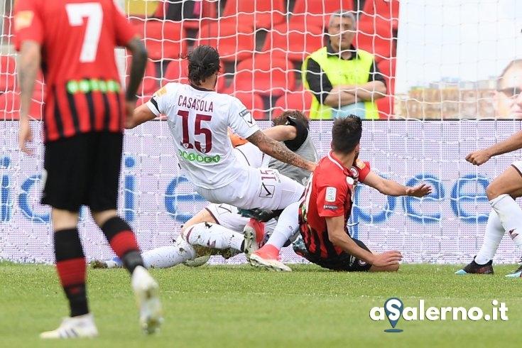 Salernitana, diavolo di un Foggia: 2 a 0 (pt) - aSalerno.it