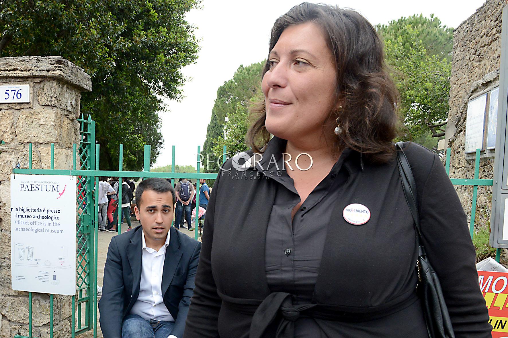 21 05 2015 Paestum Area archeologica Conferenza stampa della candidata del M5S Ciarambino accompagnata dal Vice Presidente della Camera Luigi Di Maio
