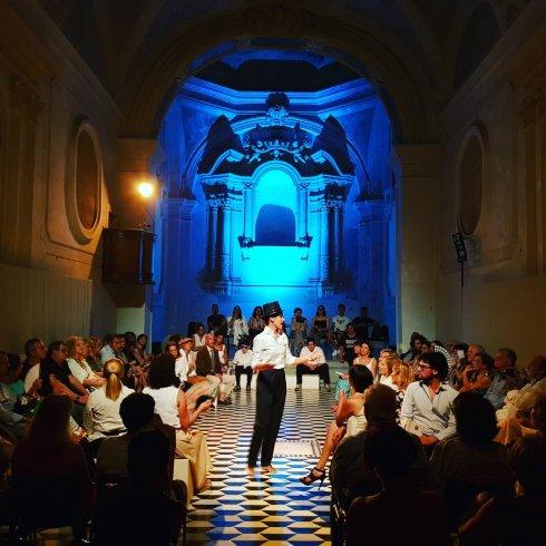"""Tris di serate nella Chiesa di Sant'Apollonia, successo per """"Aspettando i Barbuti"""" - aSalerno.it"""