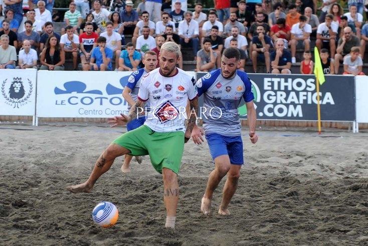 Santa Teresa Beach Soccer: Codere Gaming Hall vs Salerno Guiscards - aSalerno.it