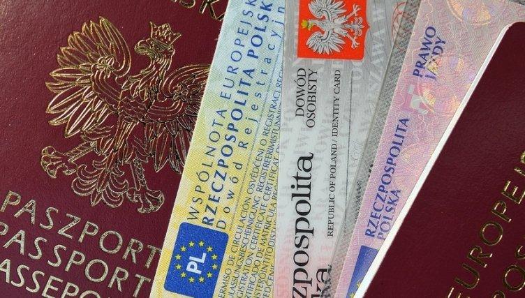 Ucraino con carta d'identità polacca falsa, girava l'Italia da irregolare: scoperto a Battipaglia - aSalerno.it