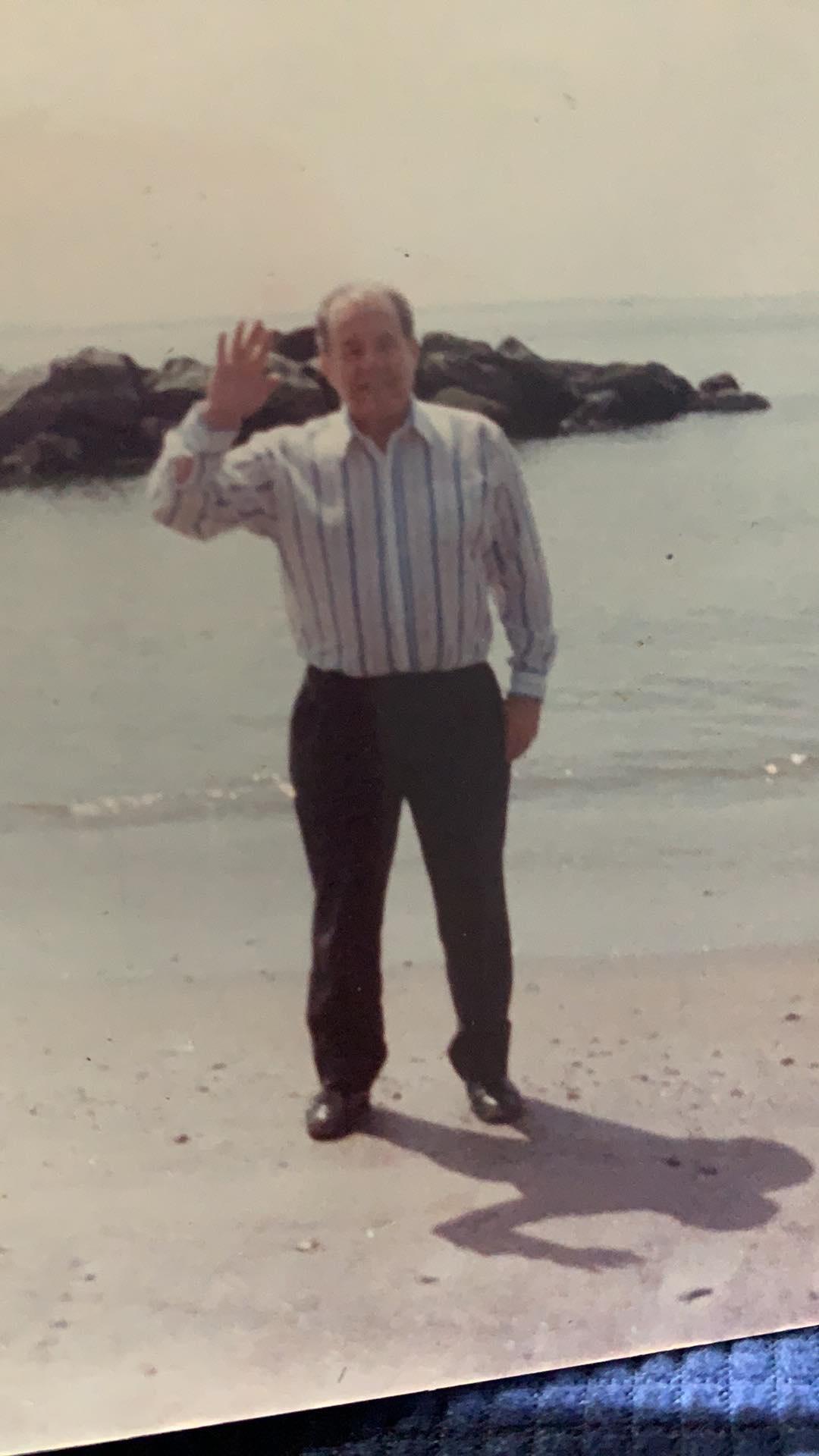 """Una foto recente, donata dalla figlia Grace, di Josè Carlos Surano a Salerno. """"Papà amava questa città.."""""""