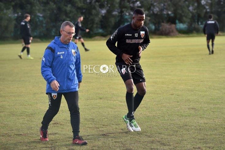 """Ritorno agli allenamenti, Spadafora prende tempo: """"Prima confronto con Ministro della Salute"""" - aSalerno.it"""