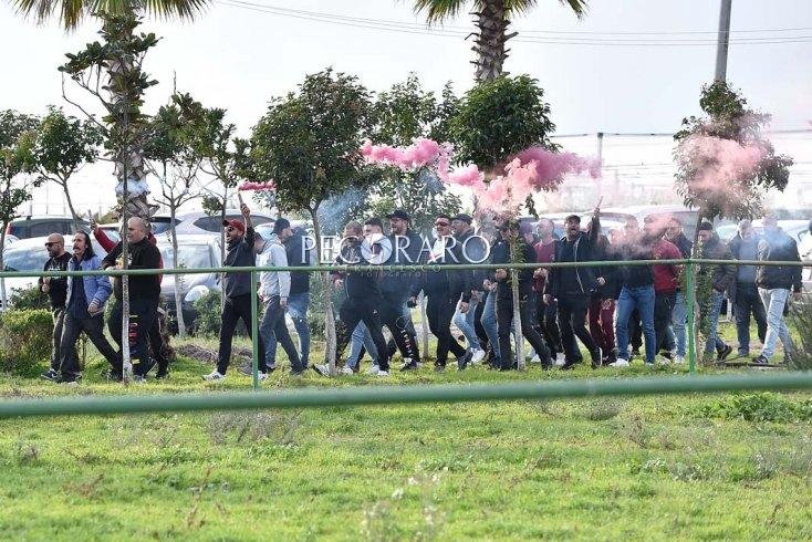 """Ultras non cambiano linea, niente trasferta: """"Qualcuno si è piegato alla politica, noi no"""" - aSalerno.it"""