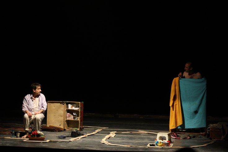 """Teatro Ghirelli, rassegna """"Fuori Controllo"""" """"1 + 1"""" con Omid Nyaze e Guglielmo Papa - aSalerno.it"""