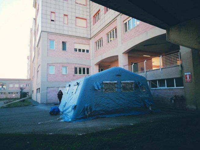 Sarno, allestita tenda per eventuali sospetti di Coronavirus - aSalerno.it